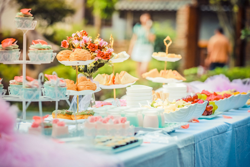 Hosting a Gender Reveal Baby Shower